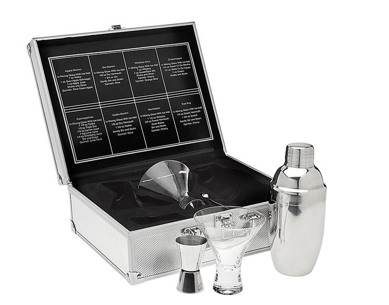 Best Portable Picnic Cocktail Sets 2